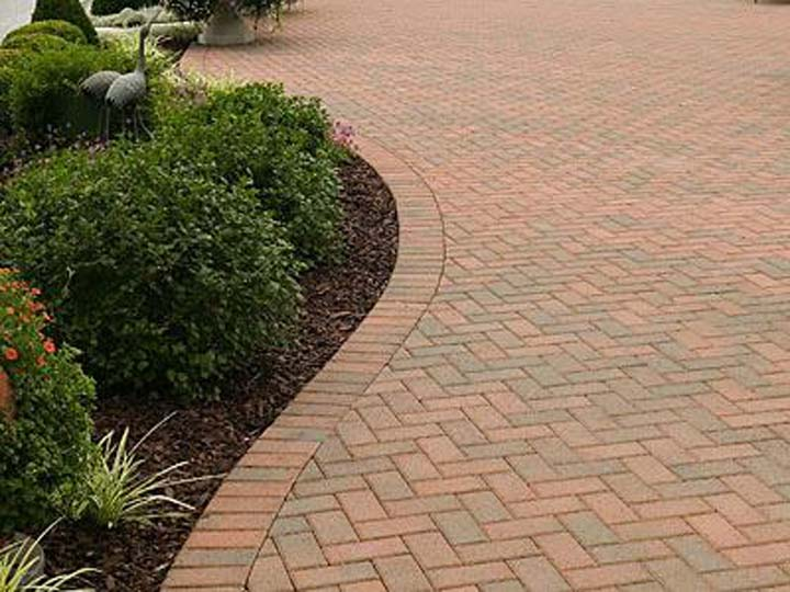 Mathies Landscaping Inc. - Landscaping - Shelbyville, IN - Thumb 2